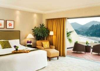 Grand Coloane Resort guest room