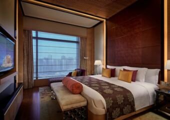 Royal Suite Bedroom_