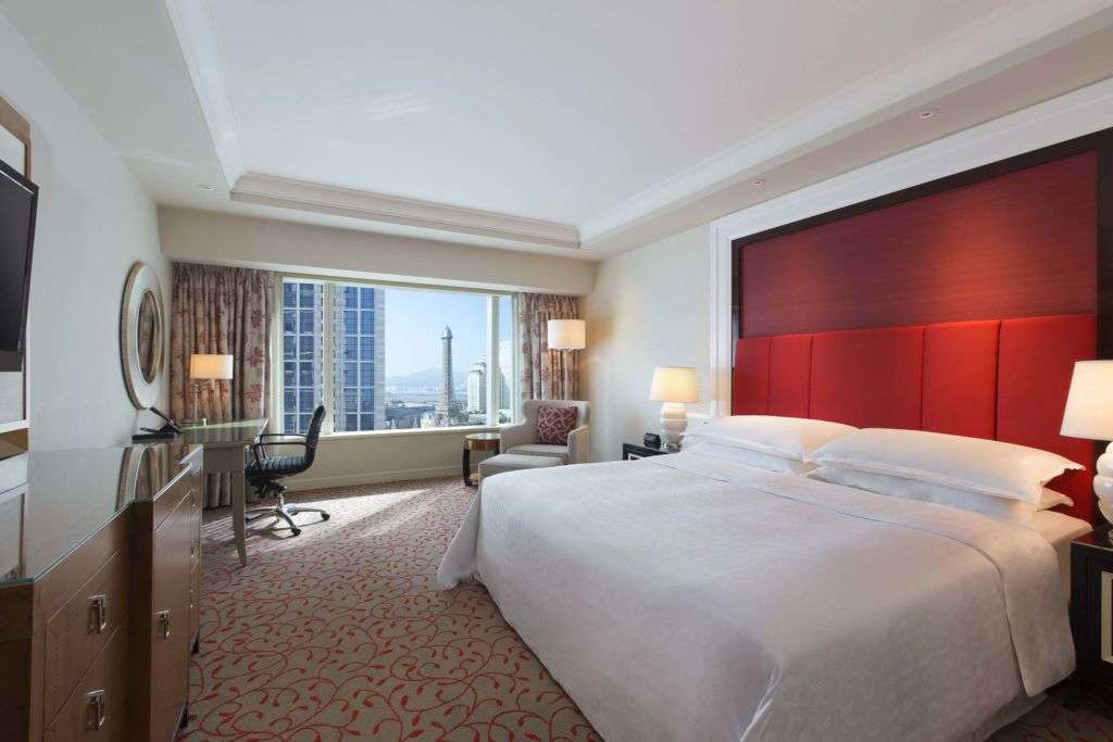 Sheraton Grand Hotel Macao Deluxe King Room family friendly hotels macau lifestyle