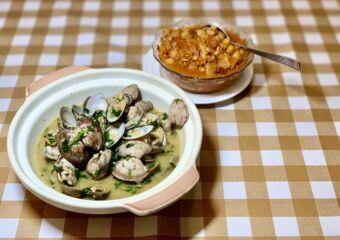 A Lorcha Restaurant Indoor Food on the Table Macau lifestyle