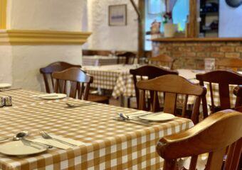 A Lorcha Tables Detail Macau Lifestyle