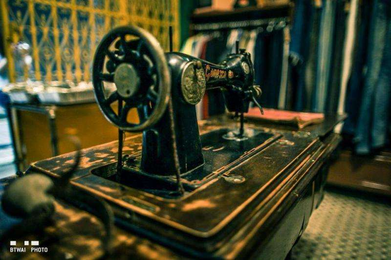 Sewing machine at Macau Vintage Market