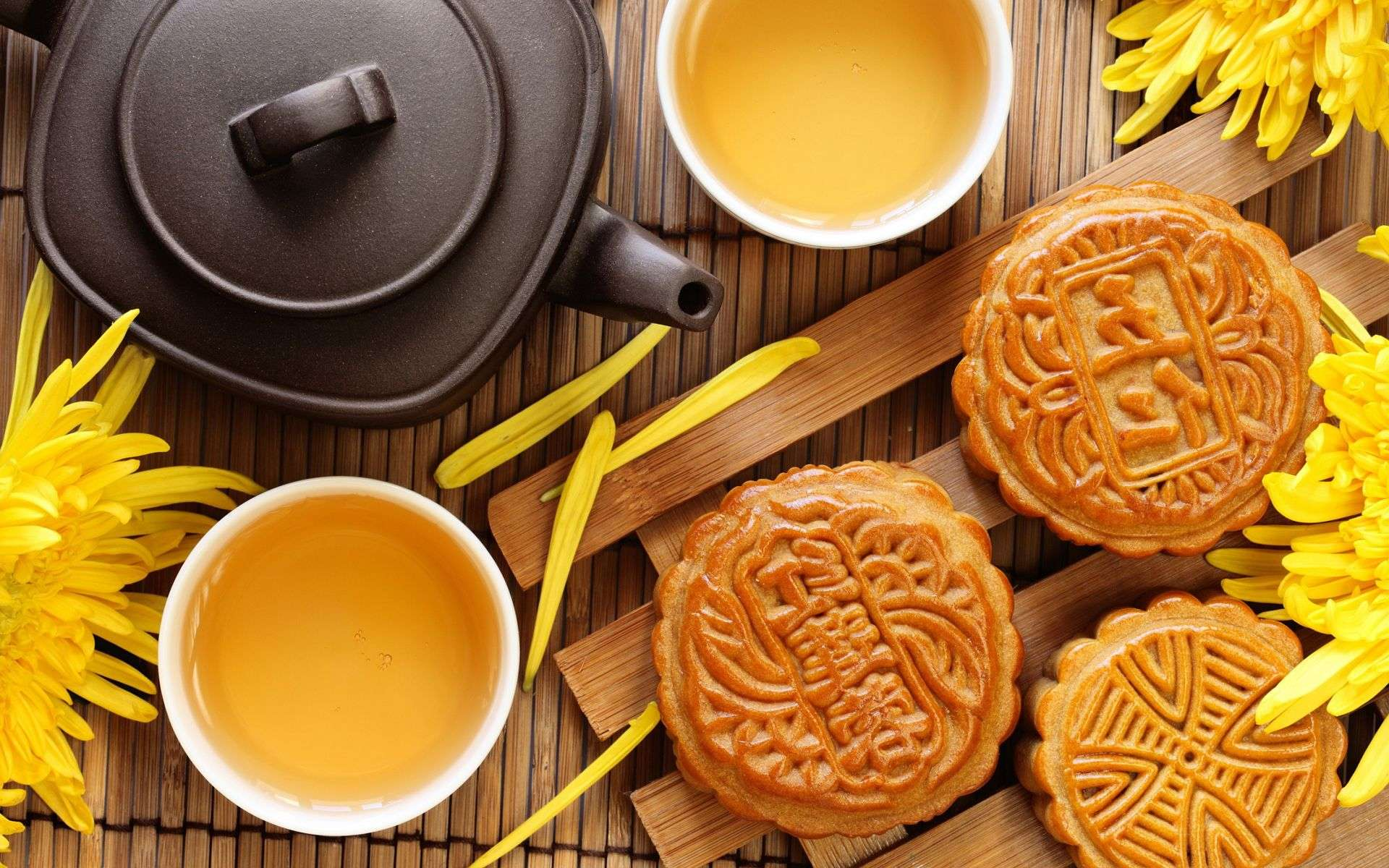 Traditional Chinese Mid-Autumn Festival mooncakes
