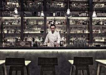 Multi-award-winning Mixologist Antonio Lai at Vida Rica Bar