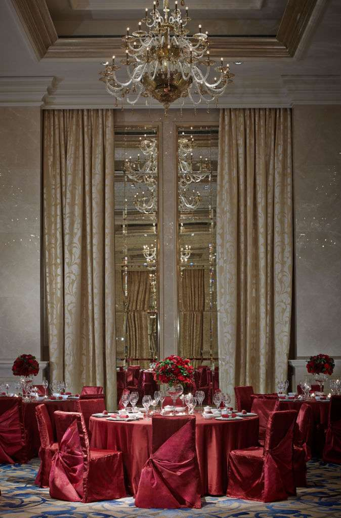 RC_Macau_Ballroom_set_up_Chinese_wedding_vertical_1