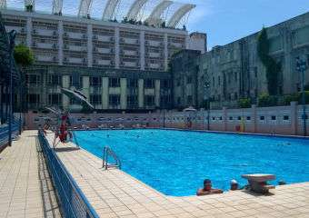 Estoril outside swimming pool