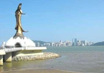 Kun Iam Statue Macau1