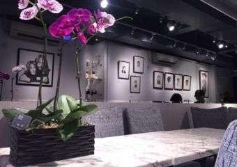 Dining room of Sab 8 Café