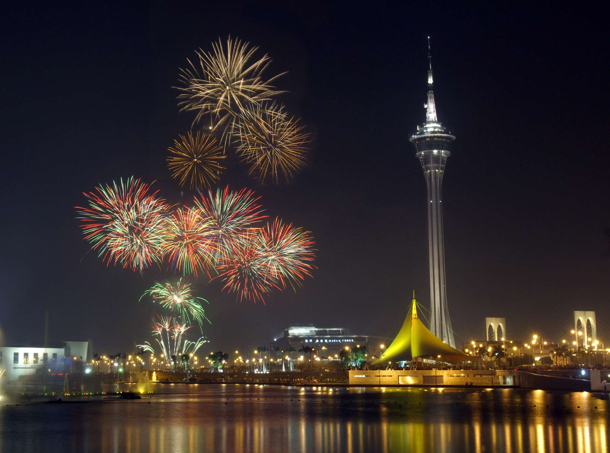 december macau events new years eve fireworks