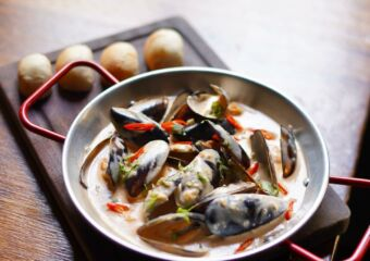 naughty nuris blue mussels in spicy and cream sauce facebook credits