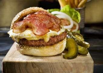 JW Macau_The Lounge_Urban Burger