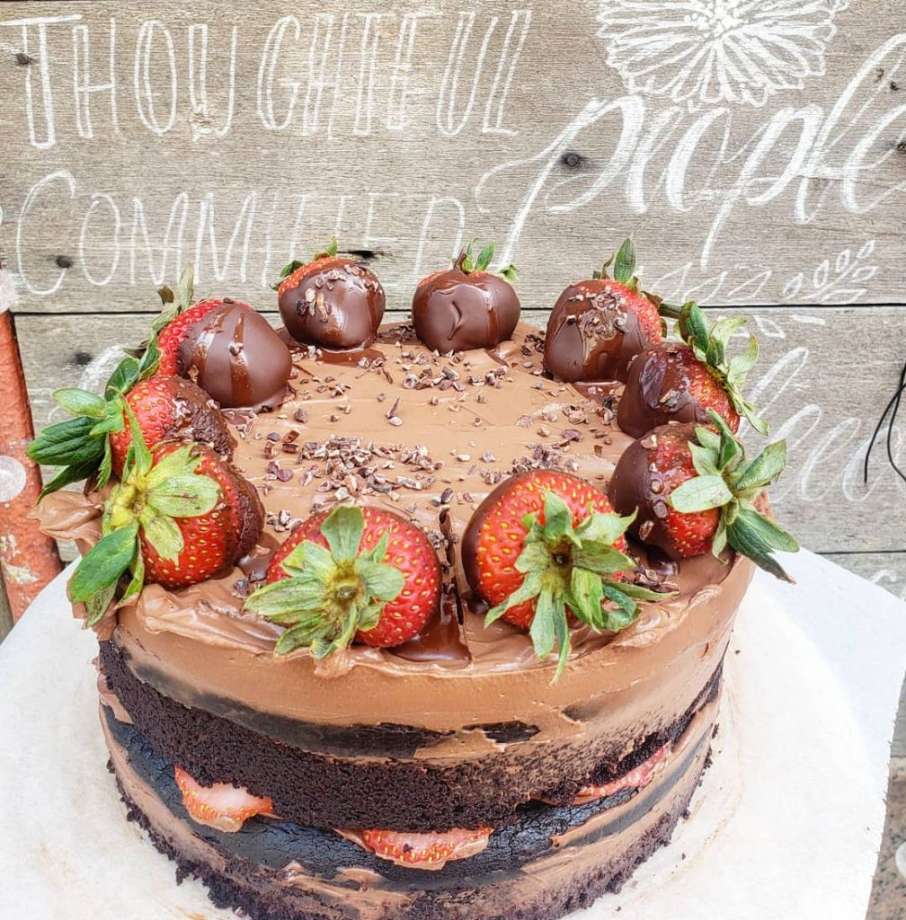 The Blissful Carrot – chocolate cake