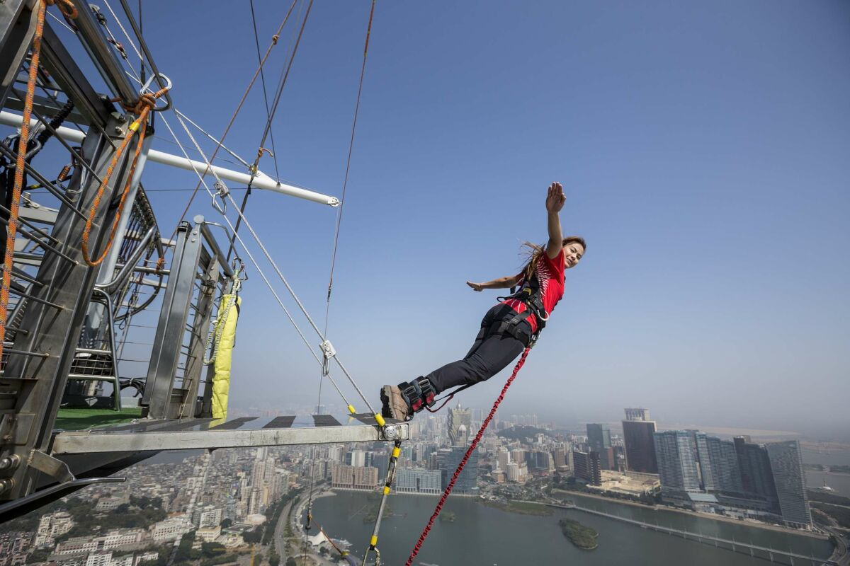 AJ Hackett Macau Tower bungy jump