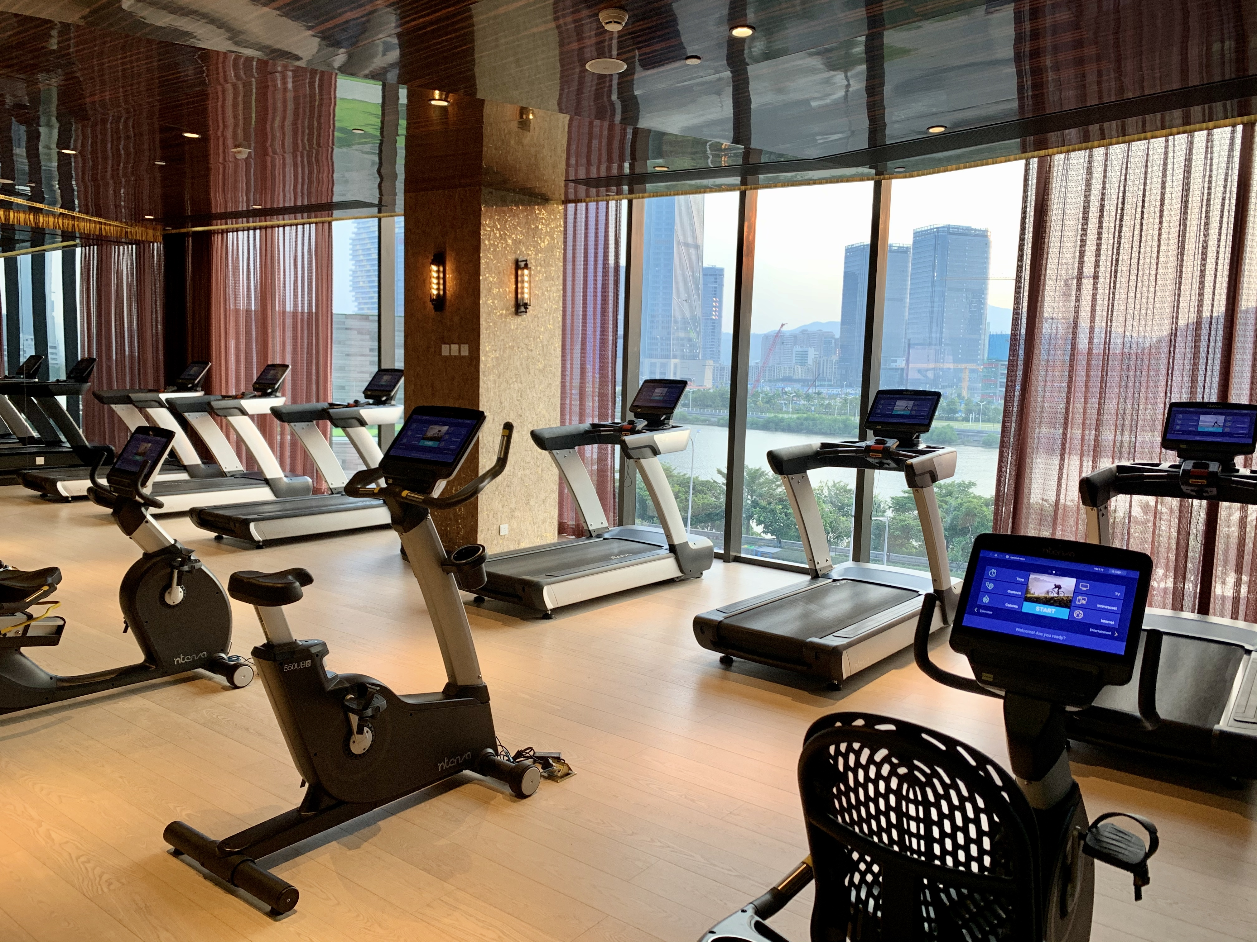 The Macau Roosevelt Hotel Gym Photo Indoor