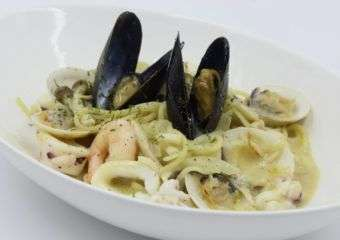 Ufufu clam seafood