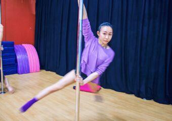 pole dance josephine warrior pole dance and aerial