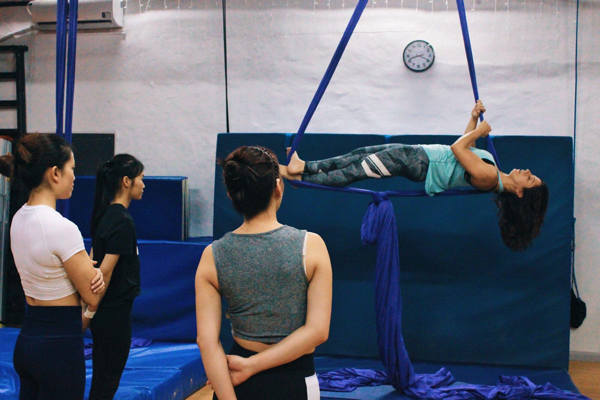 warrior pole and aerial dance studio aerial silks ana 2