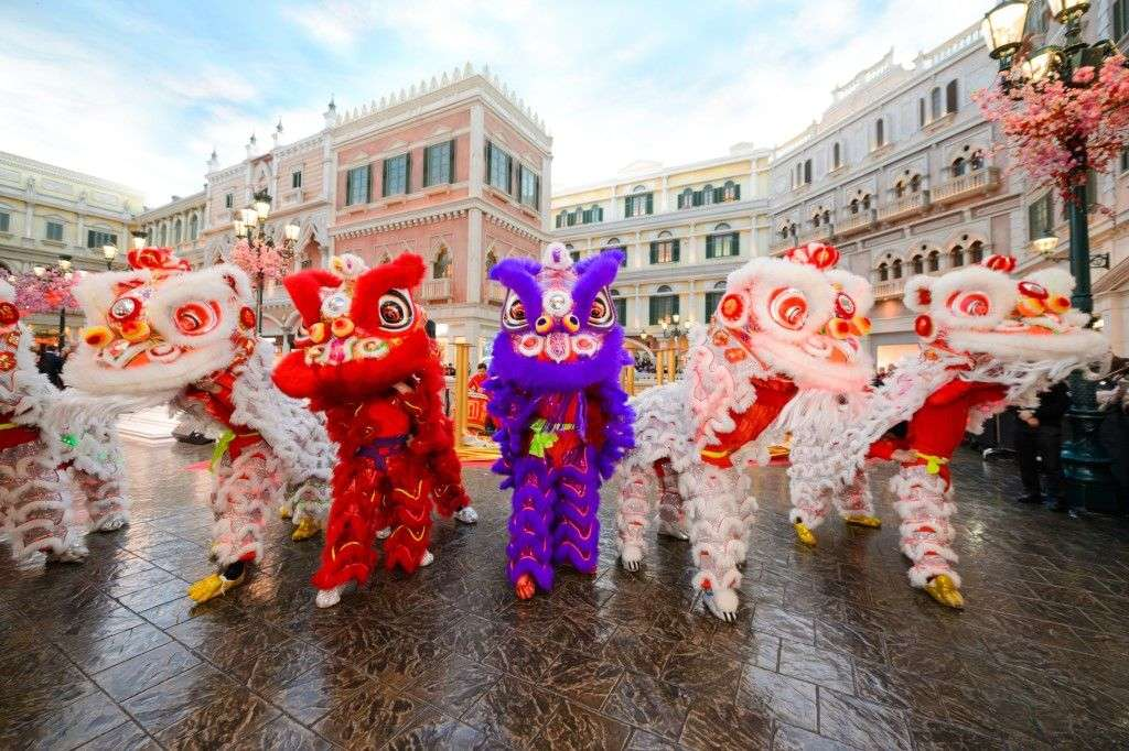 Lion Dance Blessing Ceremony at Soppes at Venetian (1)