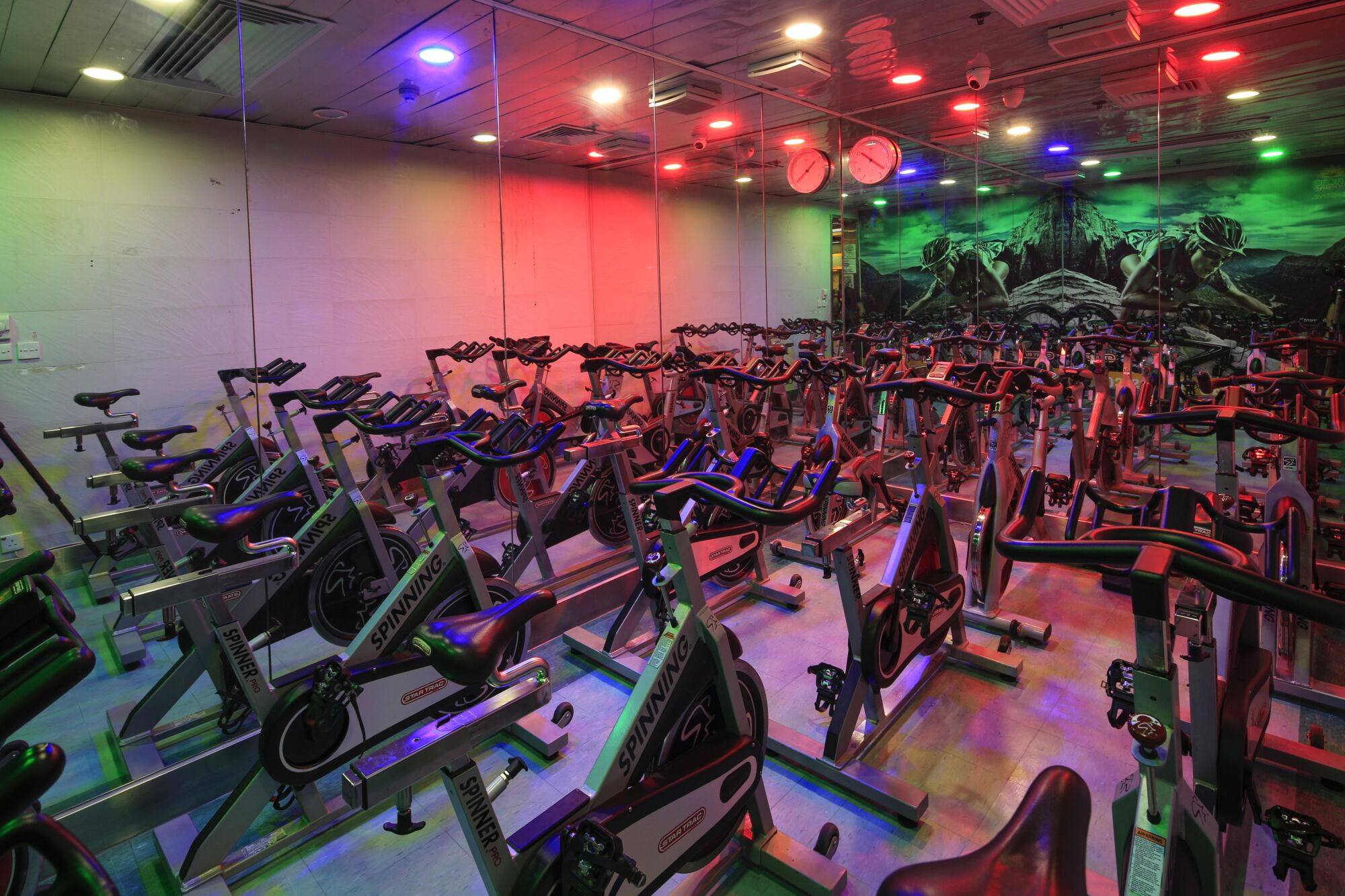 macao fitness spinning group workouts macau
