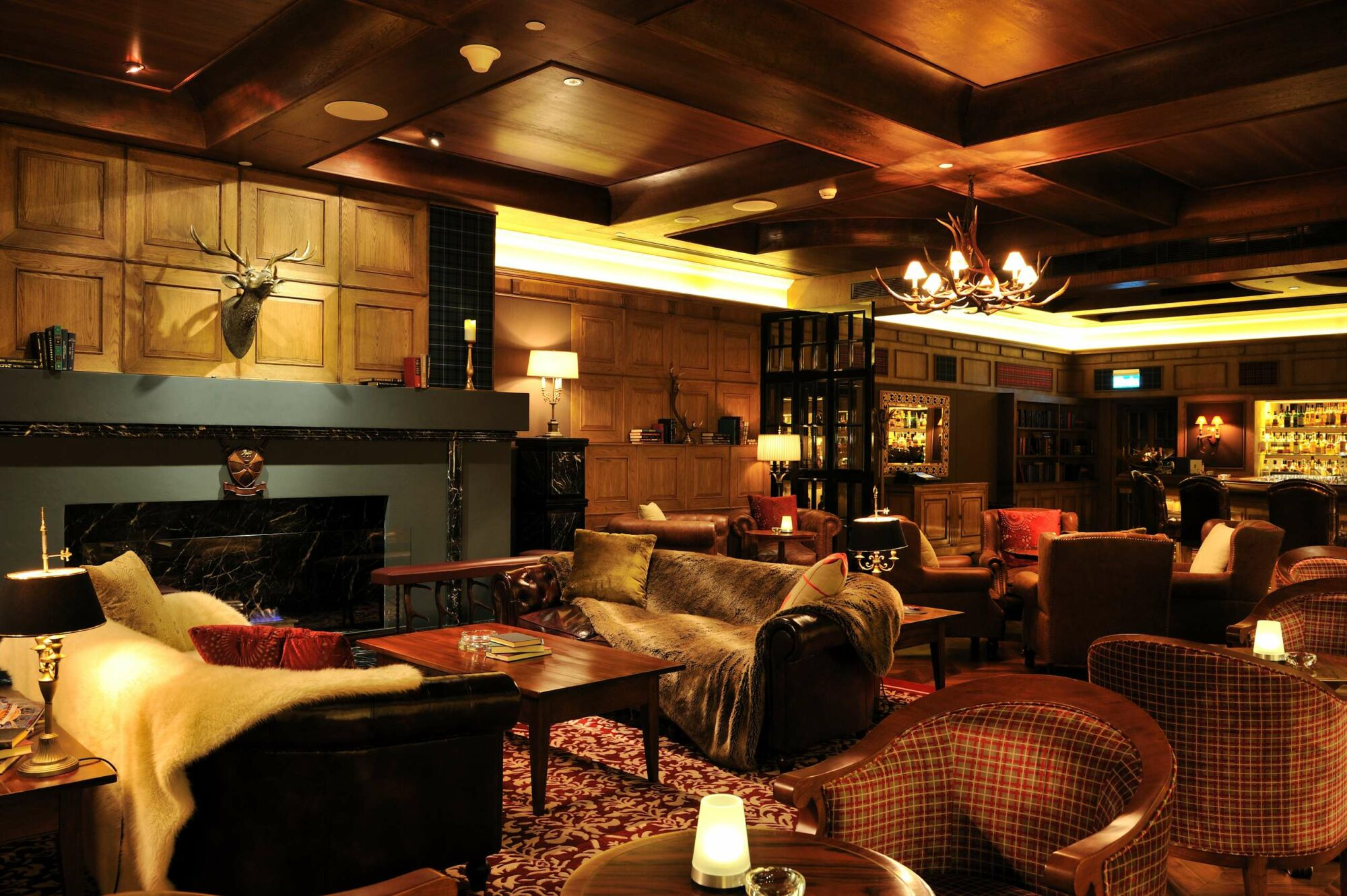 Macallan whisky bar lounge Instagrammable restaurants bars macau