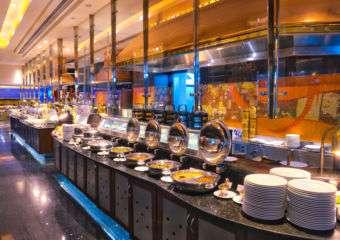 Buffet line Noite e Dia Café Interior