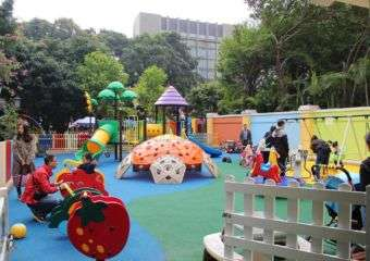 Play area for kids at Grand Lapa