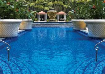 Wynn Macau swimming pool