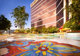 Wynn Palace Cotai swimming pool area