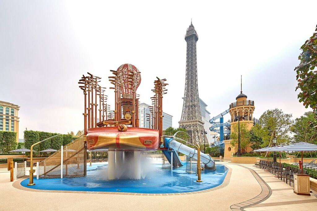 Attraction for Kids at Aqua World Parisian Macao