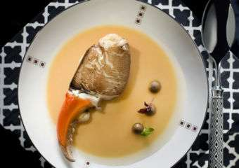 Ritz Carlton – Lai Heen Steamed Crab Claw with Egg White Lobster Bisque