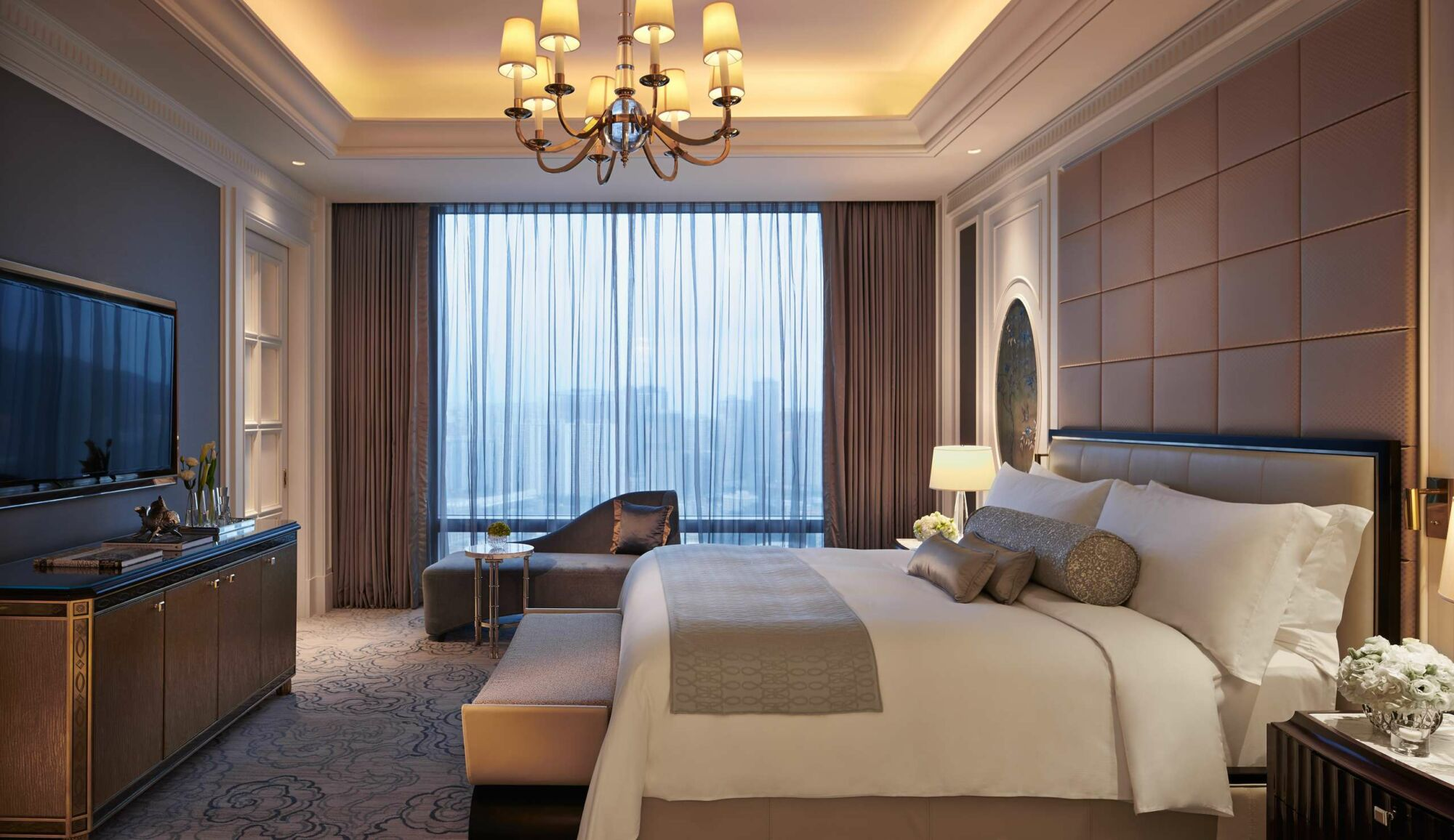 Ritz Carlton – Premier Suite – Bedroom