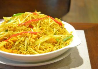 Alves Cafe singaporean noodles