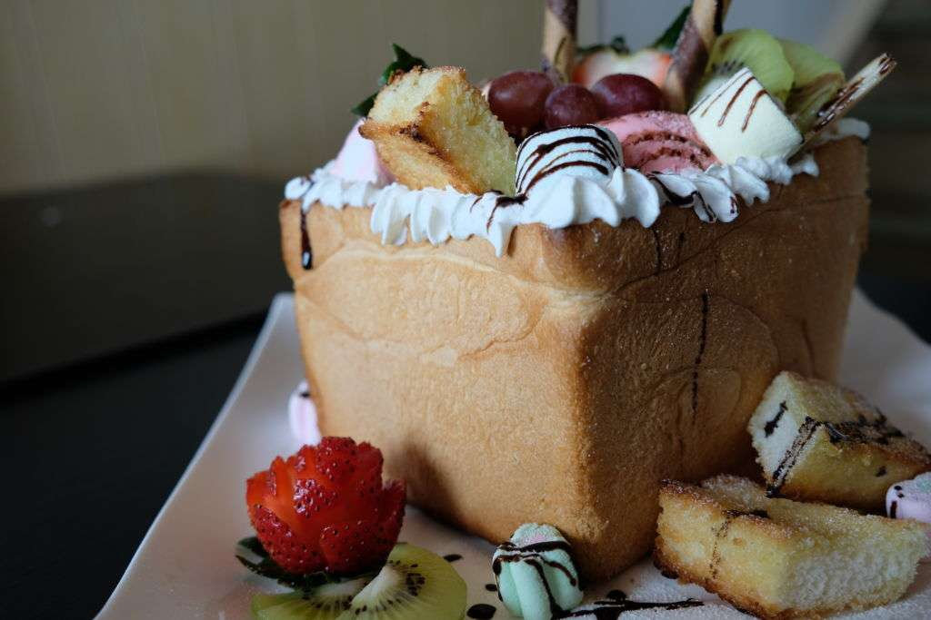 A sweet giant toast tower at Cafe Bleisure in Macau
