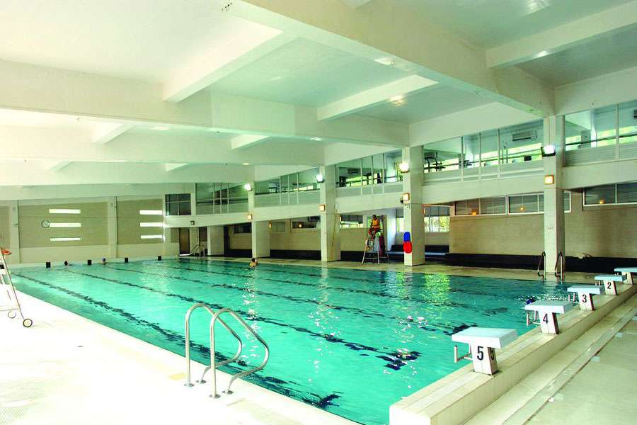 The indoor pool at Carmo Swimming Pool in Taipa.