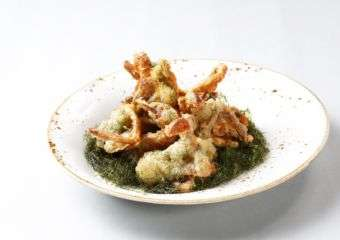 Michelin Guide Street Food Festival Shanghai Magic – Crispy Soft Shell Crab with Seaweed