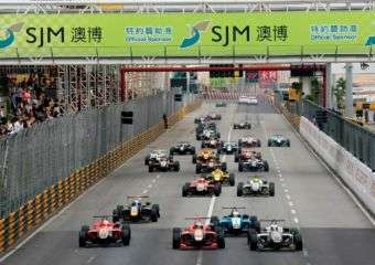 Carlos Sainz Jr. drives at the Grand Prix Formula 3 2012 in Macau on November 17th, 2012