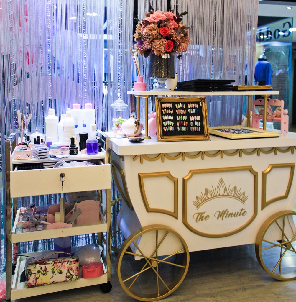 Minute macau cart holding beauty supplies