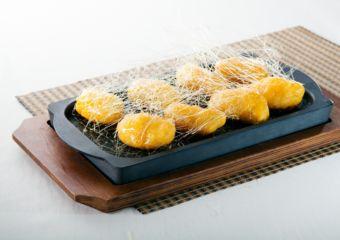 Macau Lifestyle Feng Wei Ju StarWorld Hotel – Fried Banana and Sweet Potato Fritters with Pulled Sugar