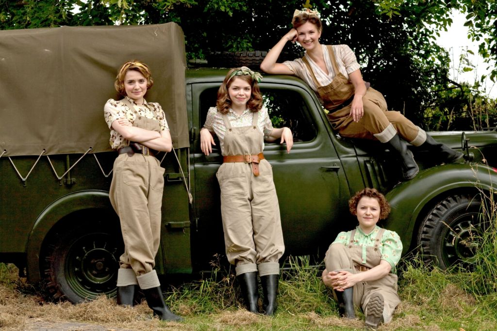 netflix land girls
