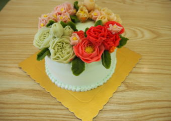 Memory Lane mothers day cake trial