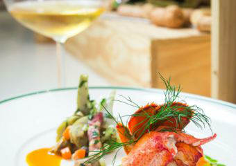 Brasserie – French GouMay – Homard en Barigoule d'Artichauds