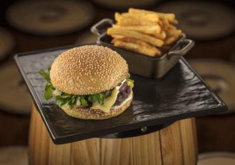 Burgers Coast MGM Coai