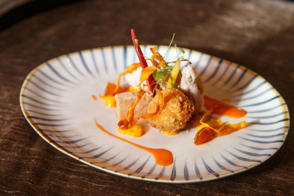 Mandarin-Orintal-Macau-Le-French-GourMay-Menu-Spring-Chicken