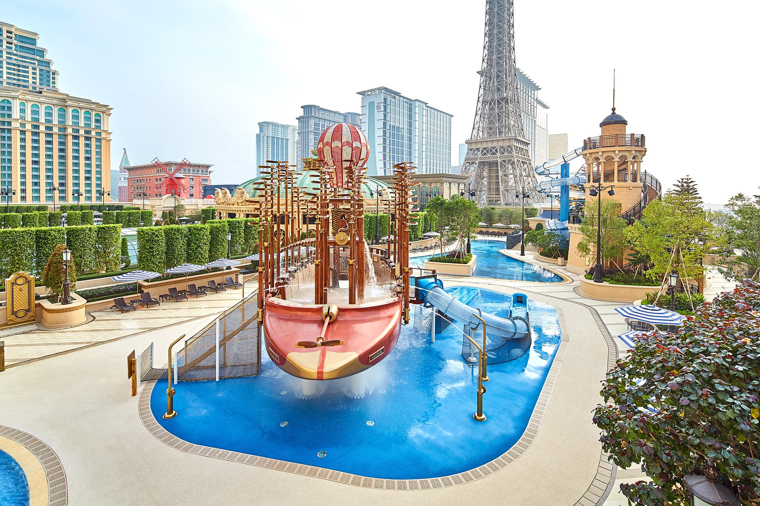 Aqua World_Parisian_Pool deals