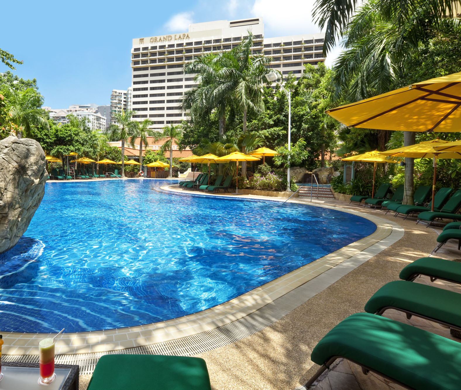 Grand Lapa Macau_pool_pool deals