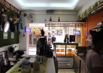 Larrys Place Macau Lifestyle