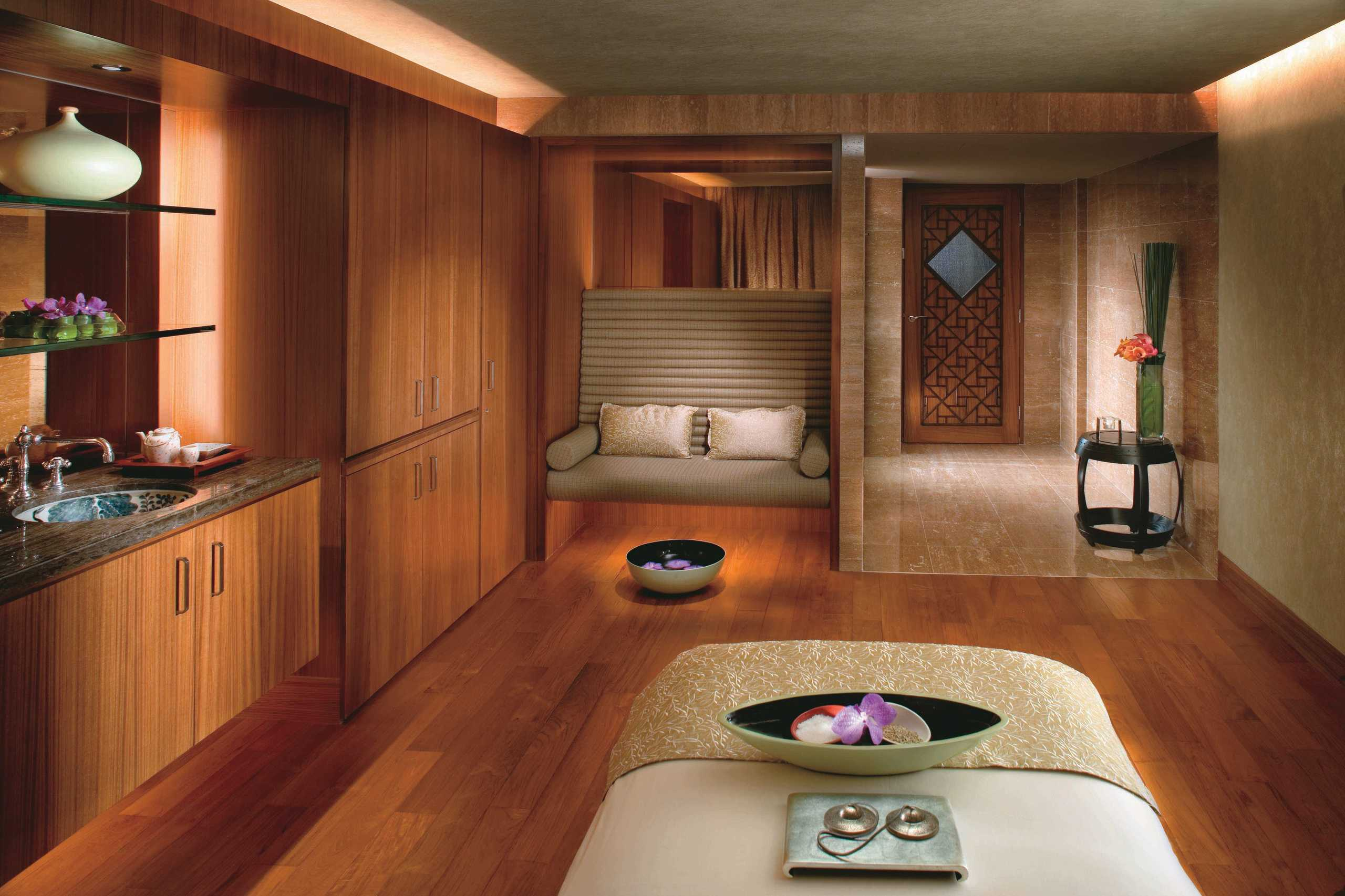 interior of spa at Mandarin oriental hong kong