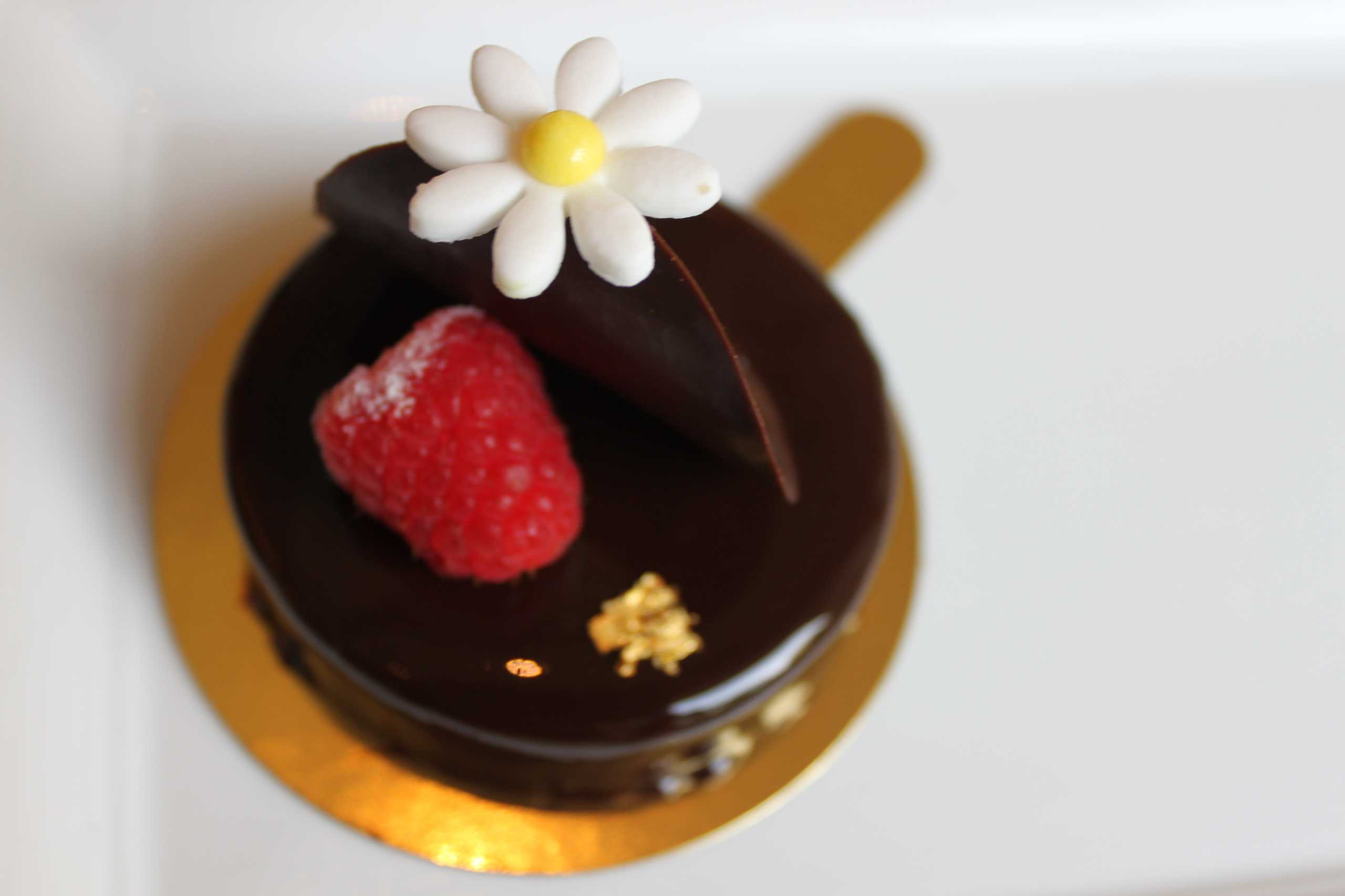 grand lapa cake chocolate lemon tart