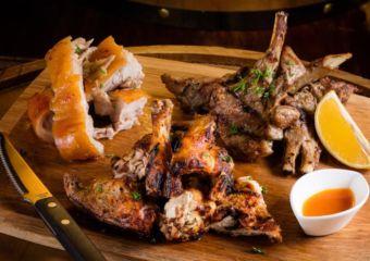 meat platter at adega velha taipa