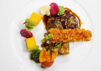 HK wine and dine 2018 Black Truffle Lion's Mane Mushroom with Wild Rice Stem Crisp and